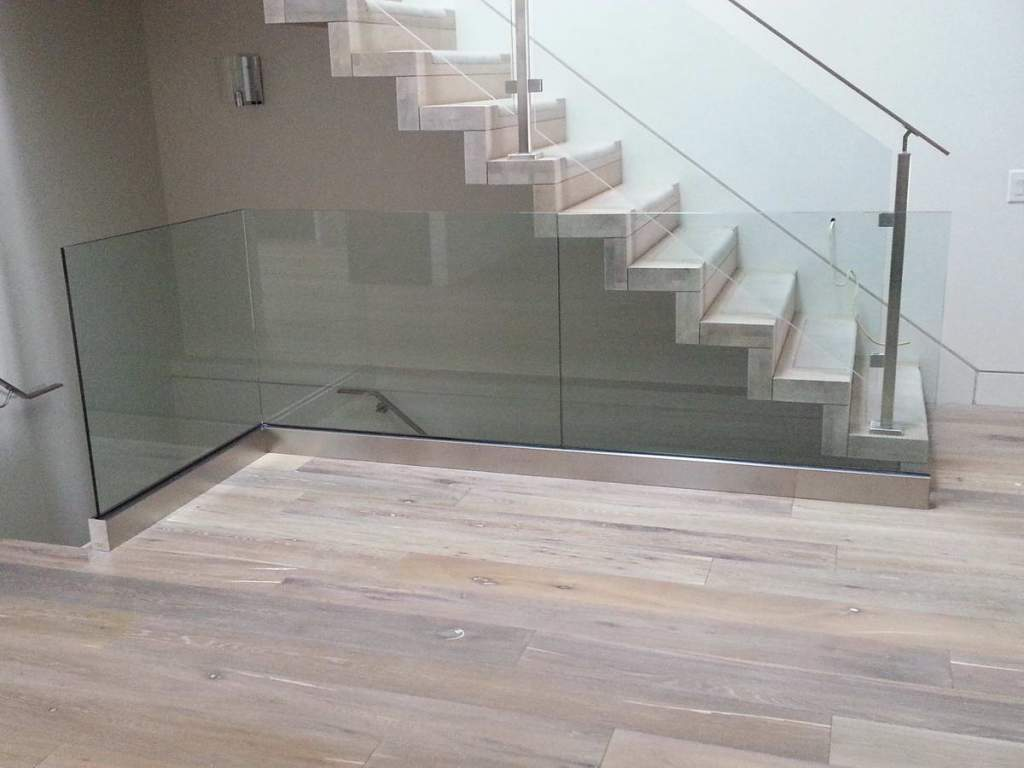 Frameless Glass Railings Toronto