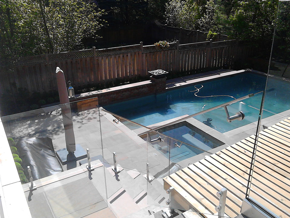 glass-railings-for-pool-gta