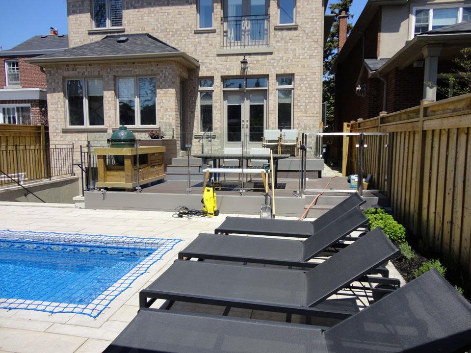 glass-railings-for-pool