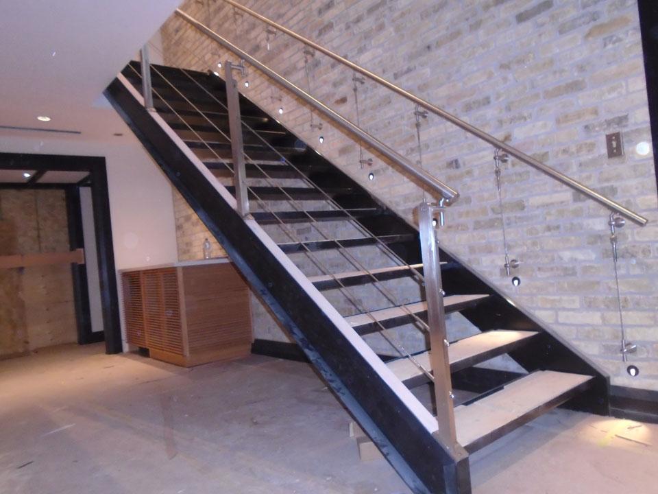 stainless-steel-railings-toronto