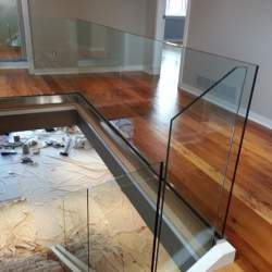 custom glass railings
