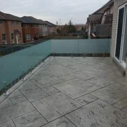 exterior glass railings image